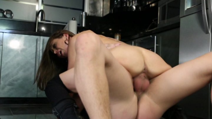 Scene with Xander Corvus and Riley Reid - image 13 out of 20
