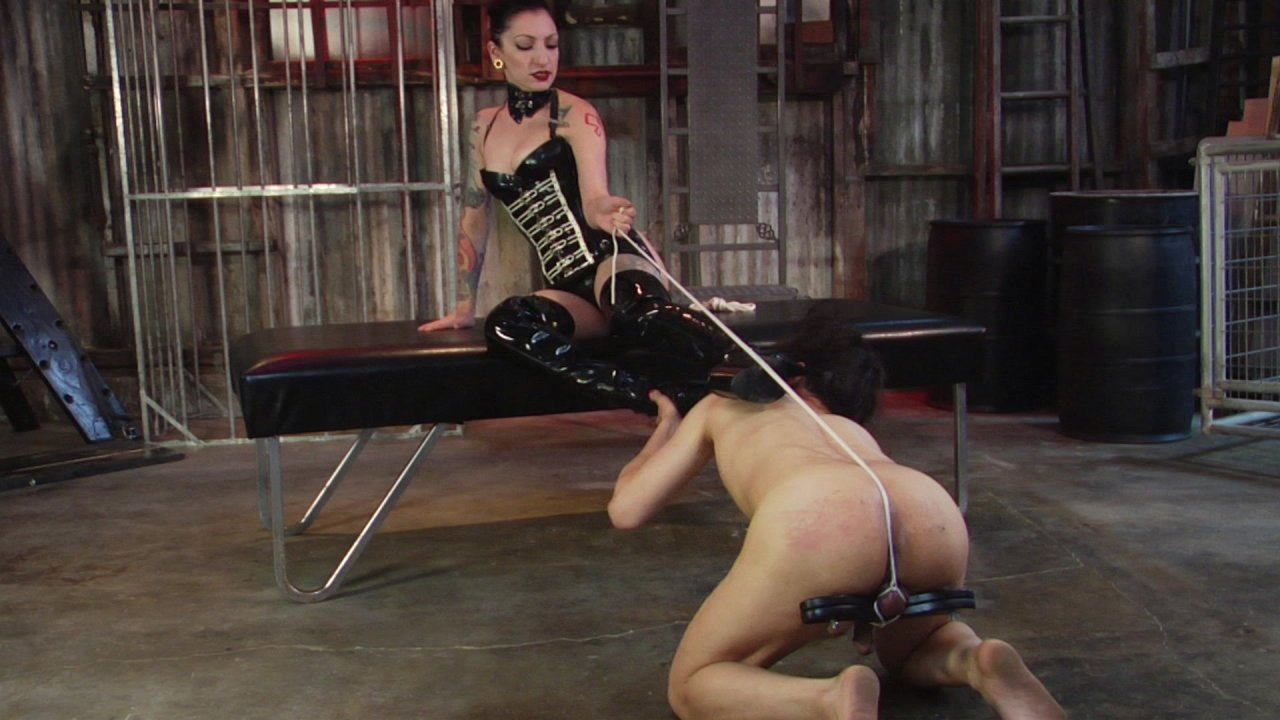 Scene with Cybill Troy and Tener Duende - image 6 out of 20