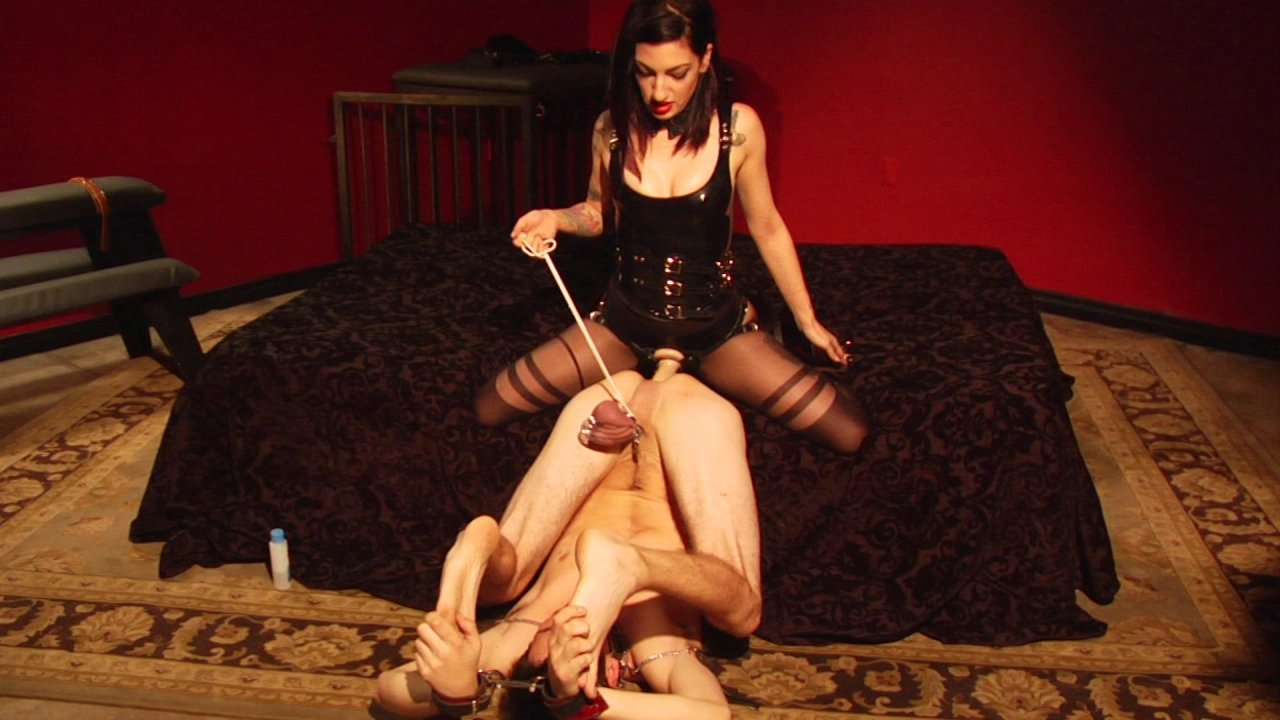 Scene with Tony Orlando and Cybill Troy - image 10 out of 18