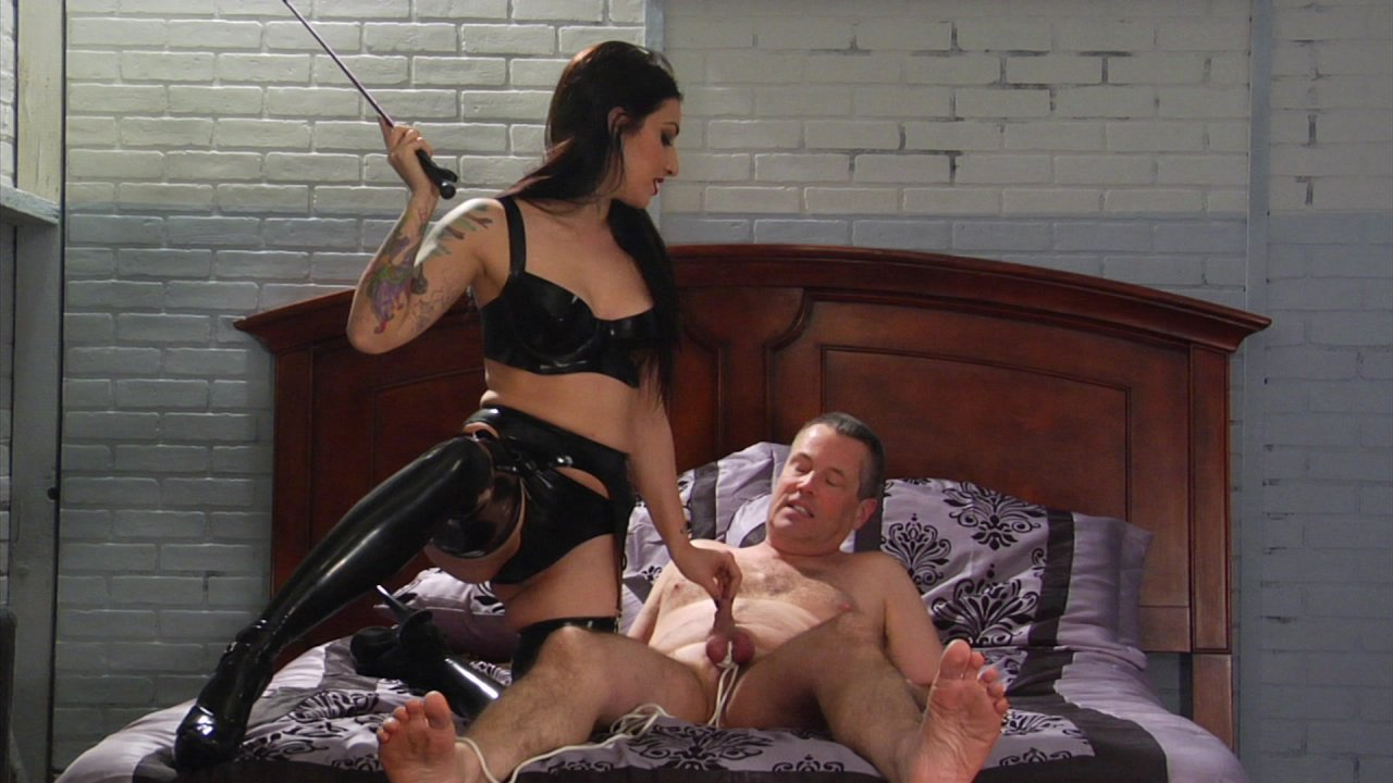 Scene with Jimmy Broadway and Cybill Troy - image 13 out of 19
