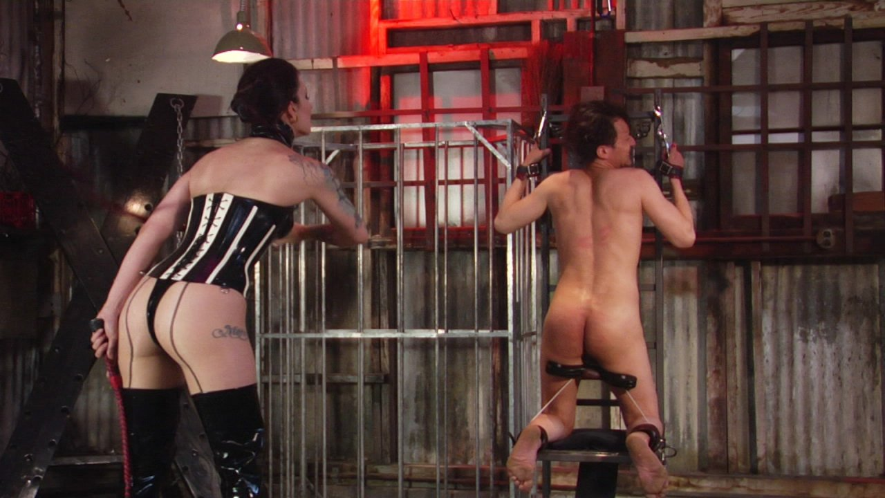 Scene with Cybill Troy - image 4 out of 13