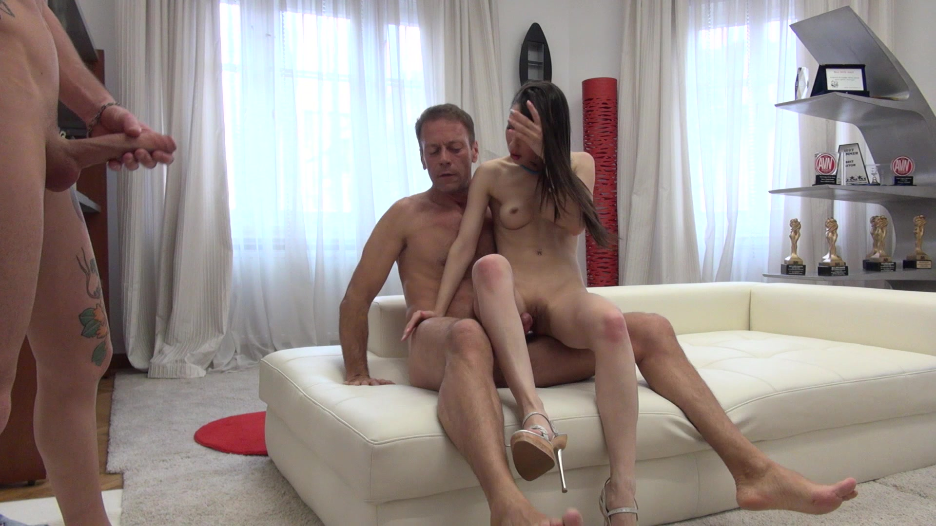 Русской порноактрисе Джине Джерсон раздолбали жопу на кастинге Рокко Сиффреди смотреть онлайн
