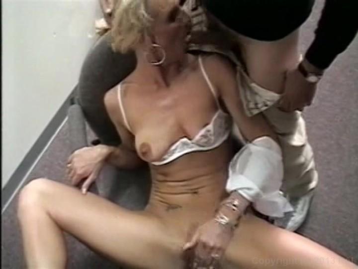 Amateur cougar wives naked