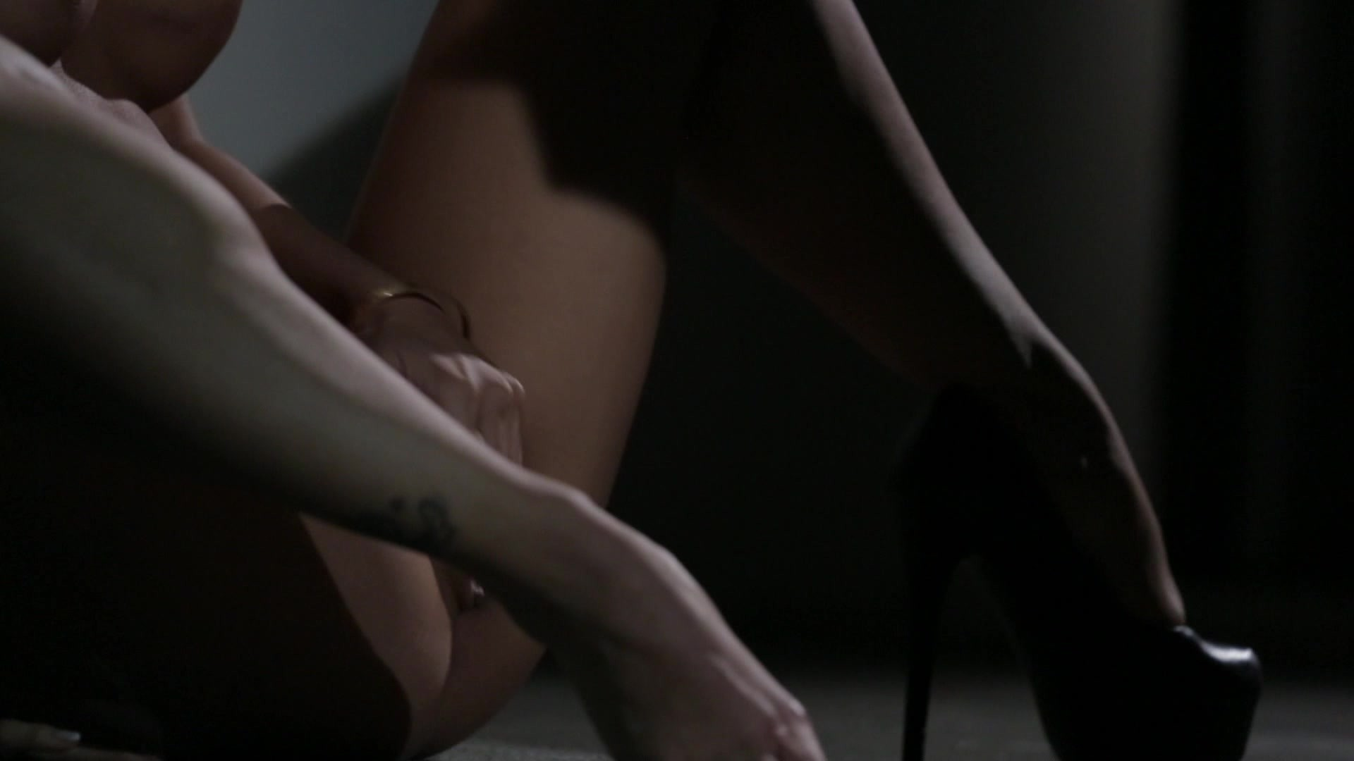 Scene with Asa Akira - image 16 out of 19