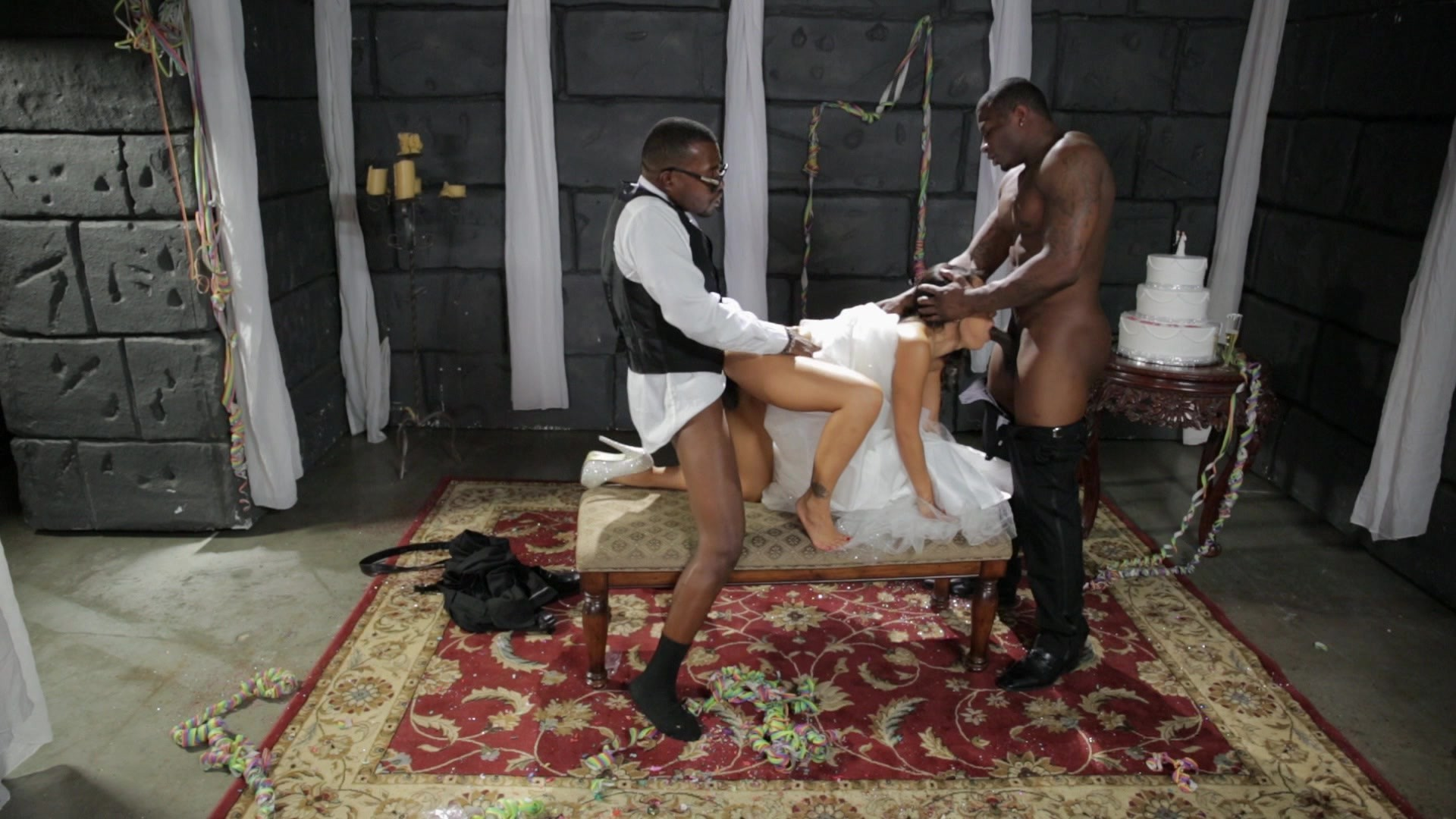 Scene with Asa Akira, Rob Piper XXX and Moe Johnson - image 8 out of 20