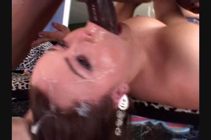 Hot girls masturbate together