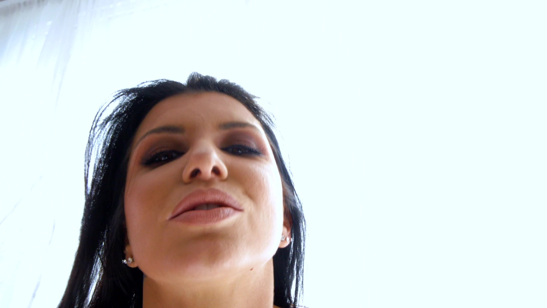Scene with Romi Rain - image 4 out of 20