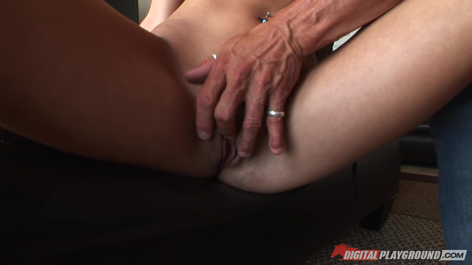 Alex Chance jacks a Dude off with her Tits at Pool Free