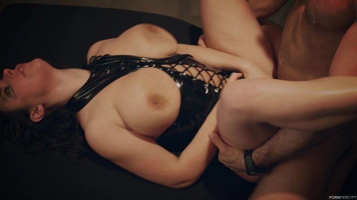 Scene with Angela White and Chad White - image 18 out of 20