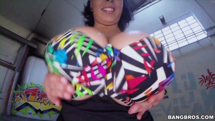 Big Tits Round Asses Free Videos 79