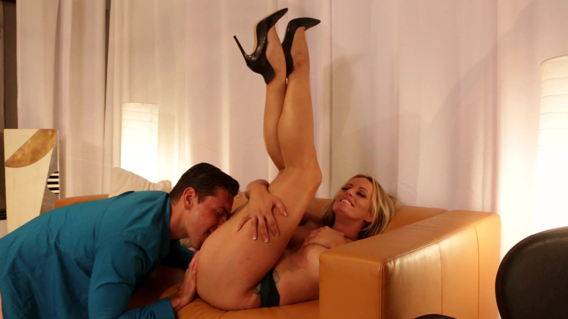 Scene with Stormy Daniels - image 20 out of 20