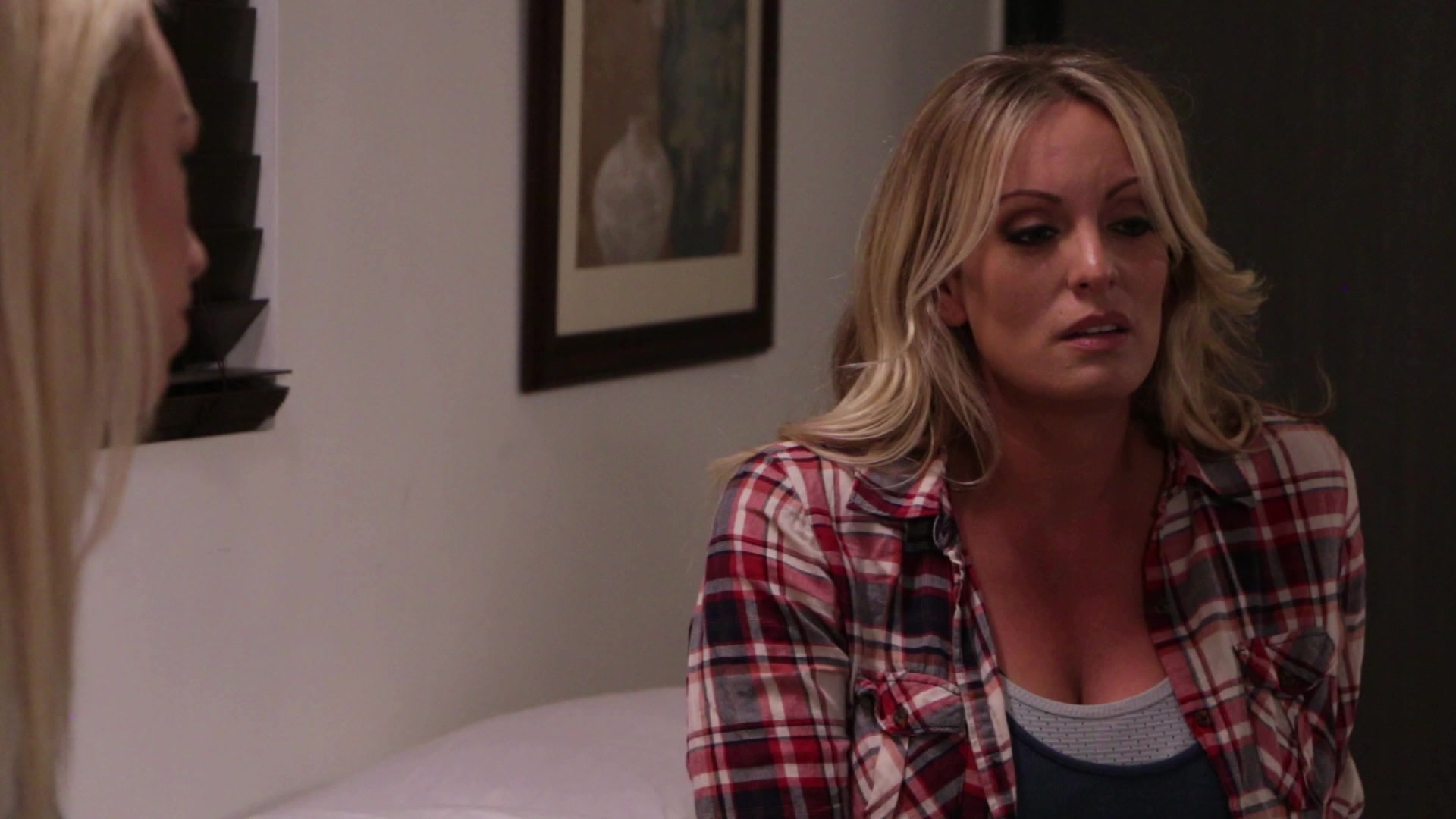 Scene with Stormy Daniels - image 3 out of 20