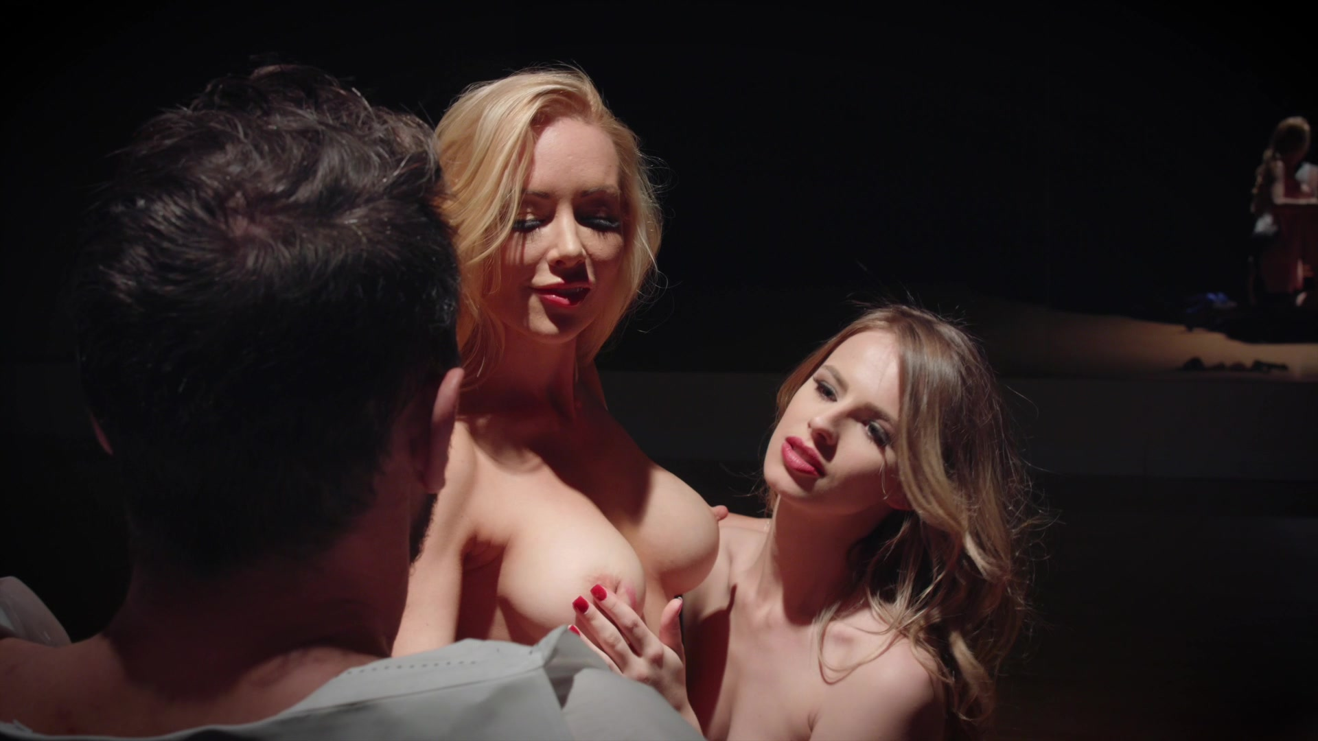 Scene with Kayden Kross and Jillian Janson - image 12 out of 20