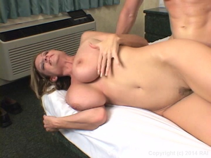 porn photo 2019 Pee piss shower toilet wee