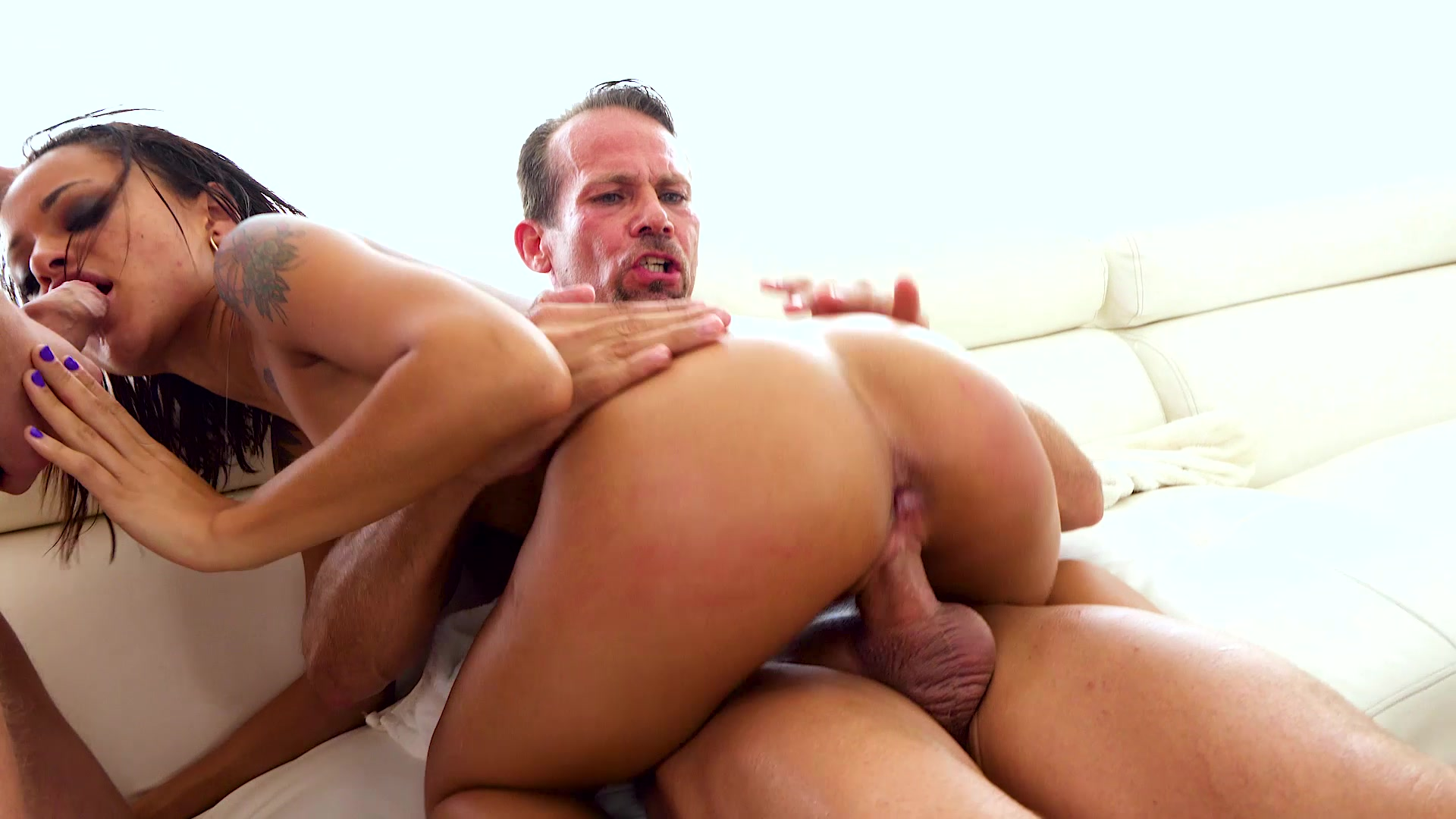 Scene with Holly Hendrix - image 20 out of 20