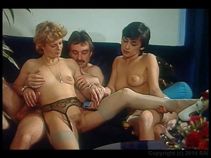 Ретро порно с перевом