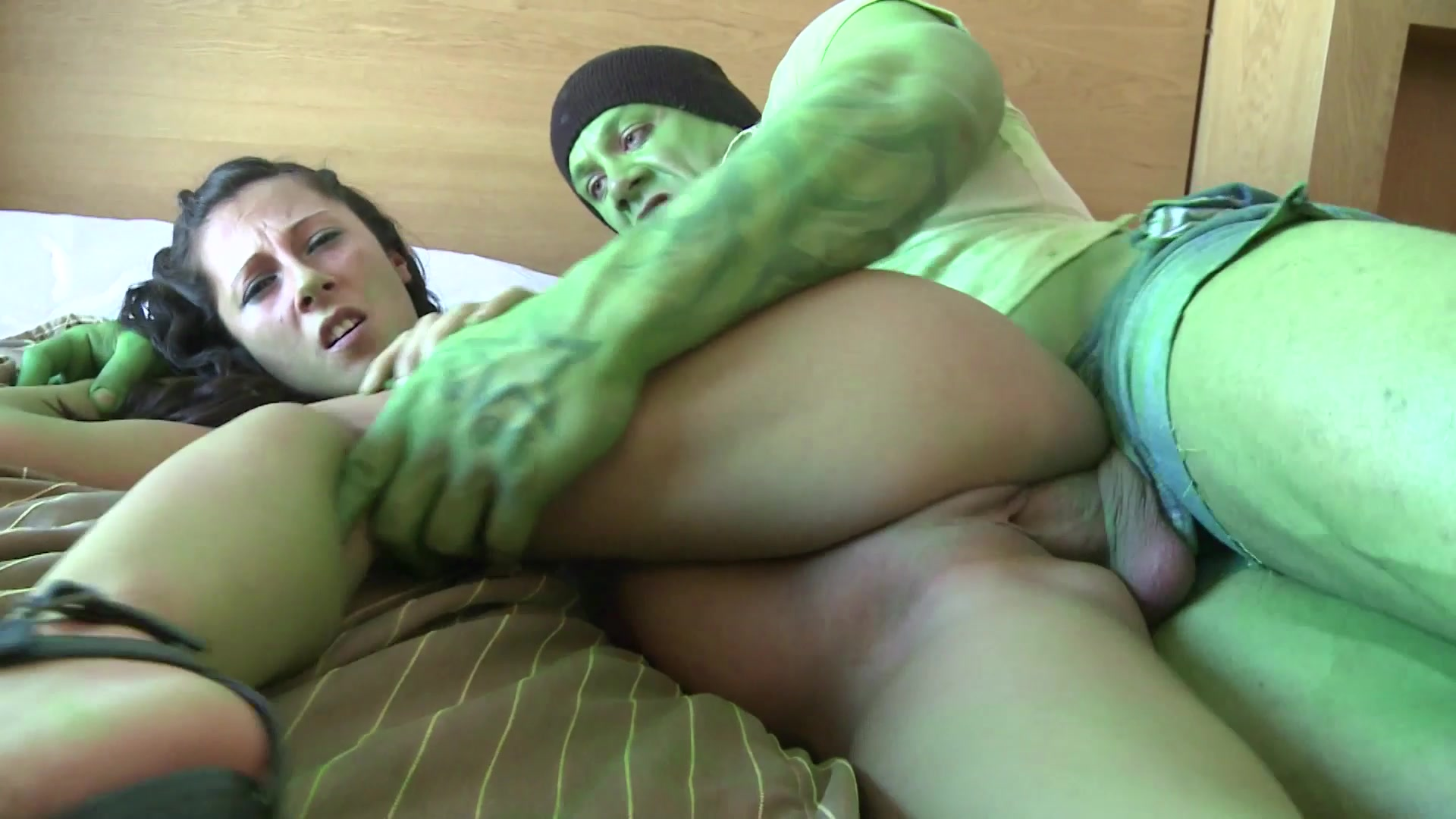 Brunette Teen Gets Her Pussy Pounded by the HULK Length: 26 min