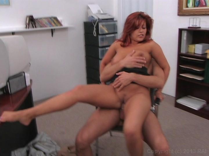 XXX Video Mom eat pussy