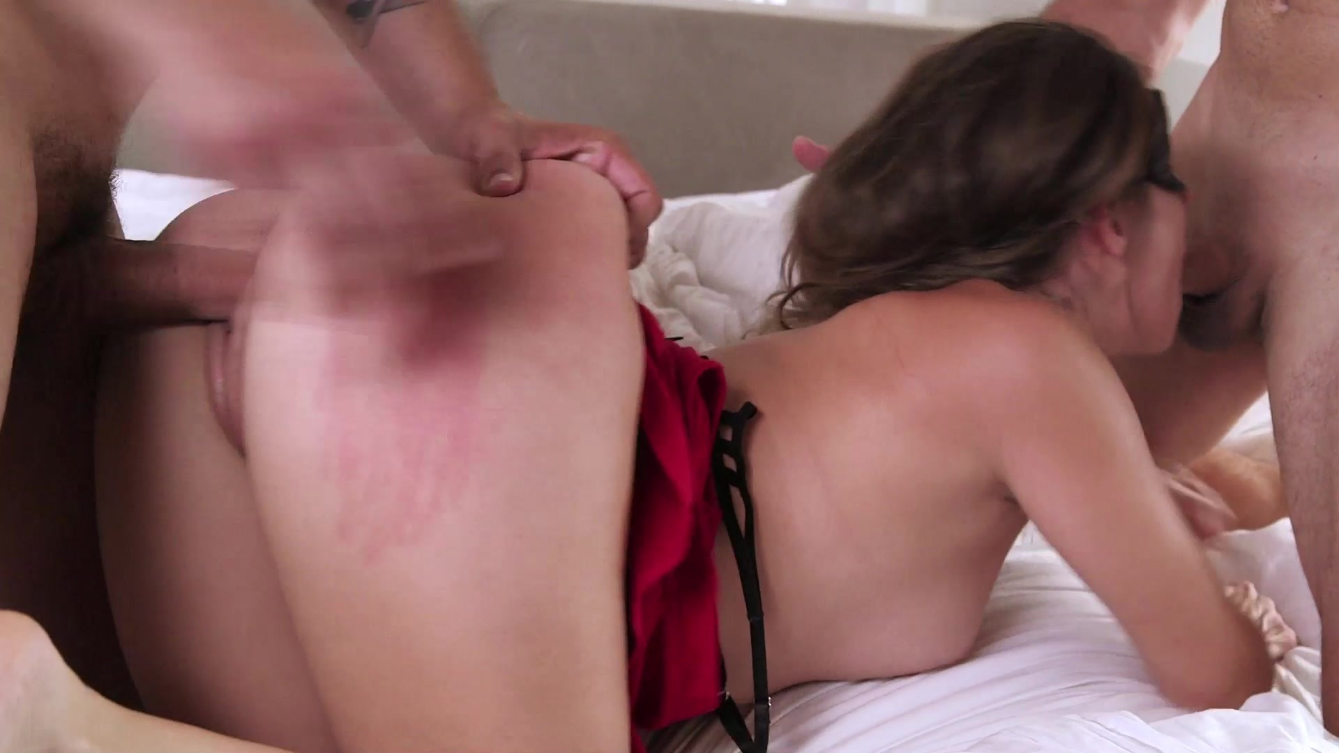 Scene with Anthony Rosano and Cassidy Klein - image 17 out of 20