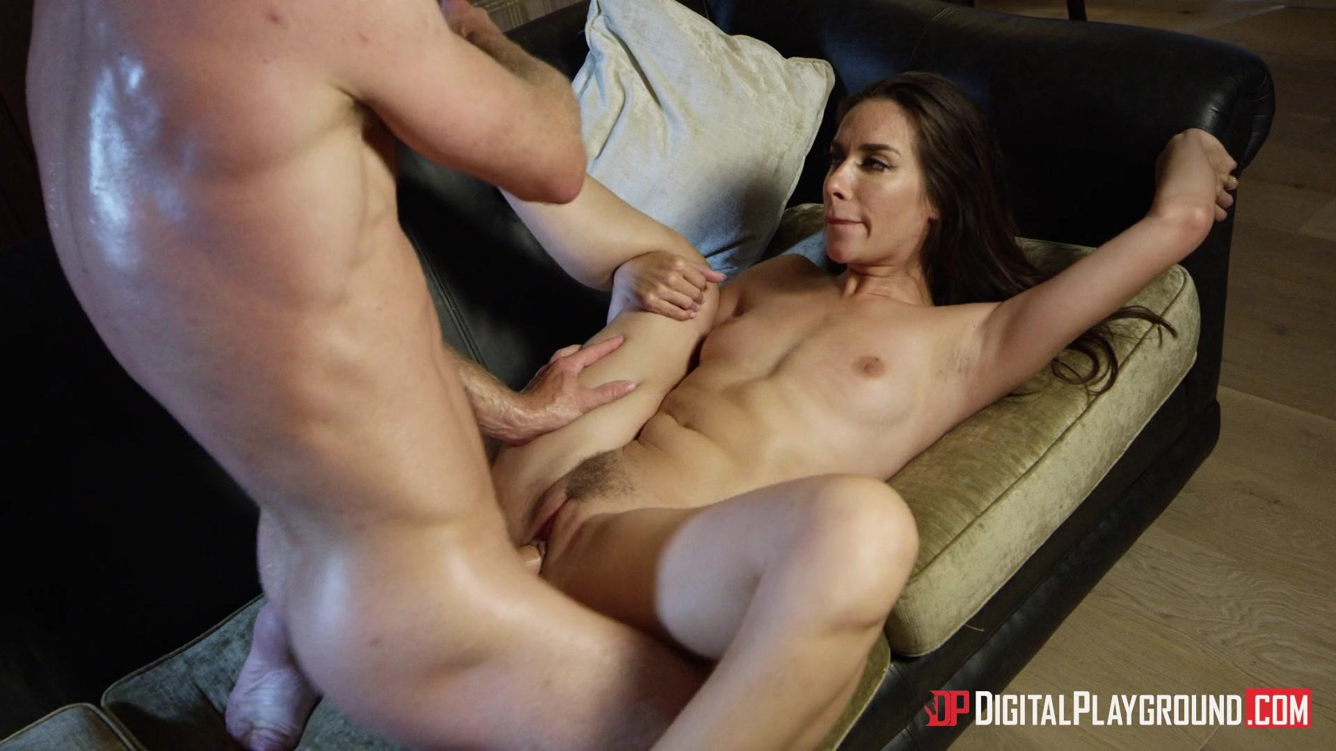 Темноволосая порно-звезда Cassidy Klein порно фото бесплатно