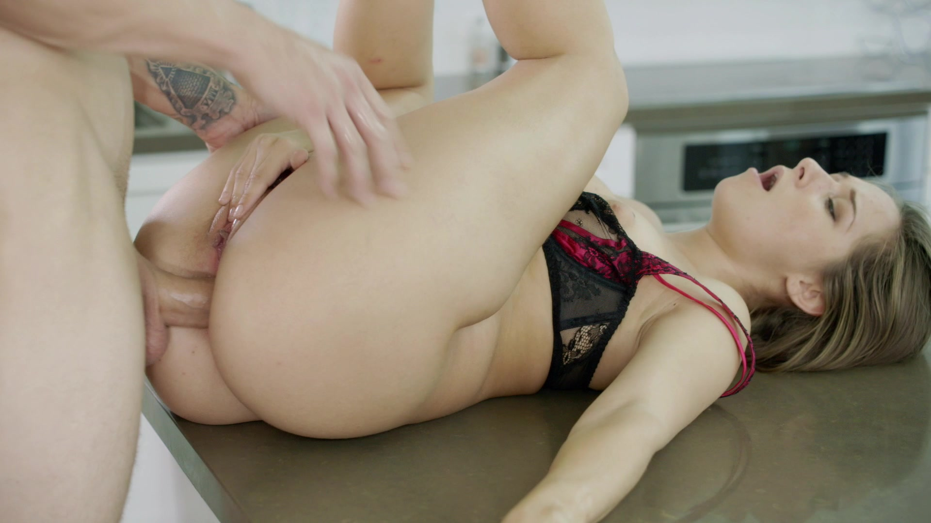 Scene with Cassidy Klein - image 17 out of 20