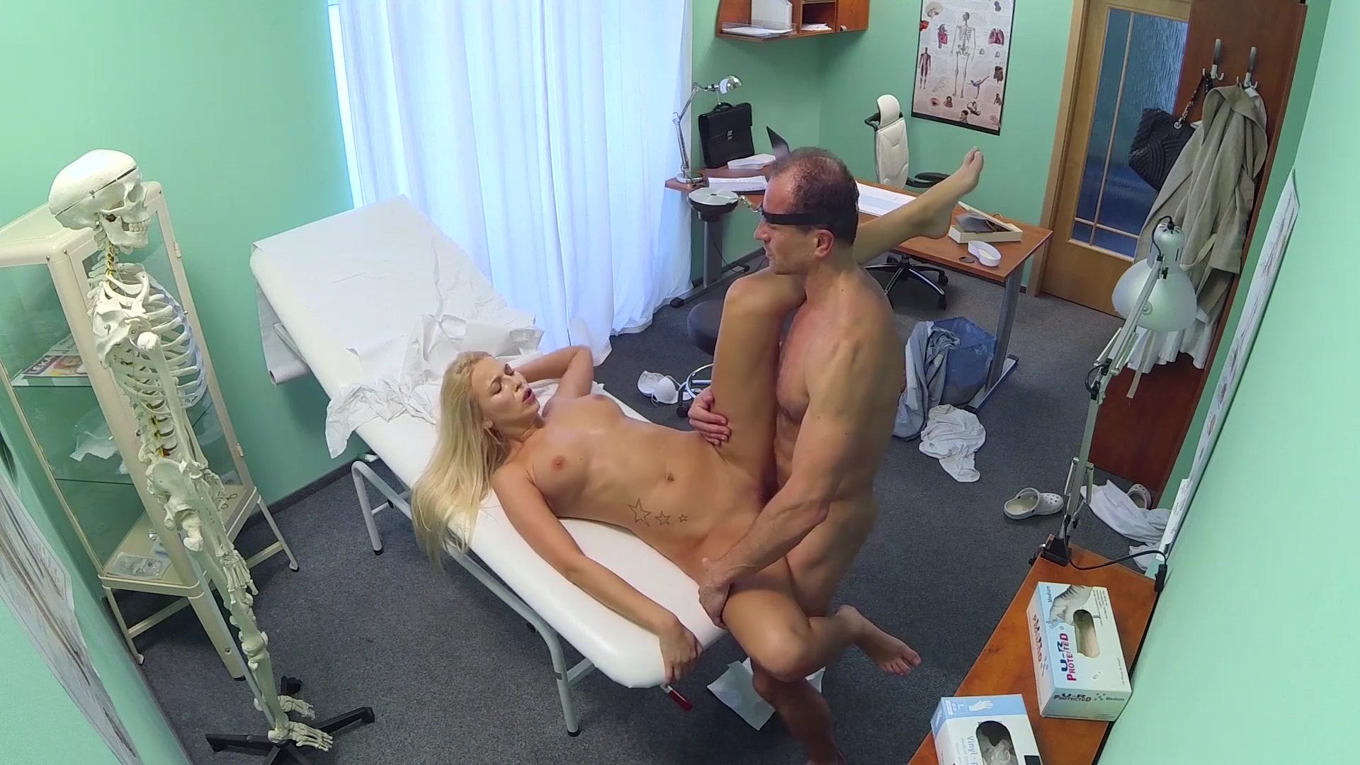 porno-v-bolnitse-i-v-ofise