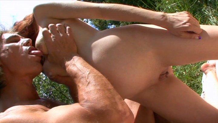 free amateur milf sex