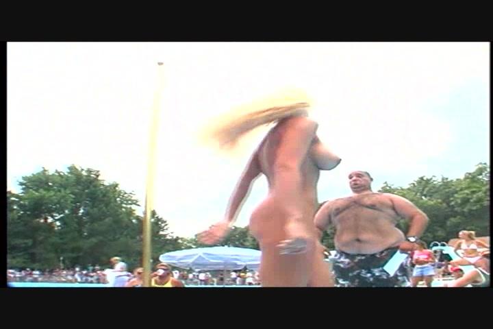 Nudes ein Poppin 1 Karneval