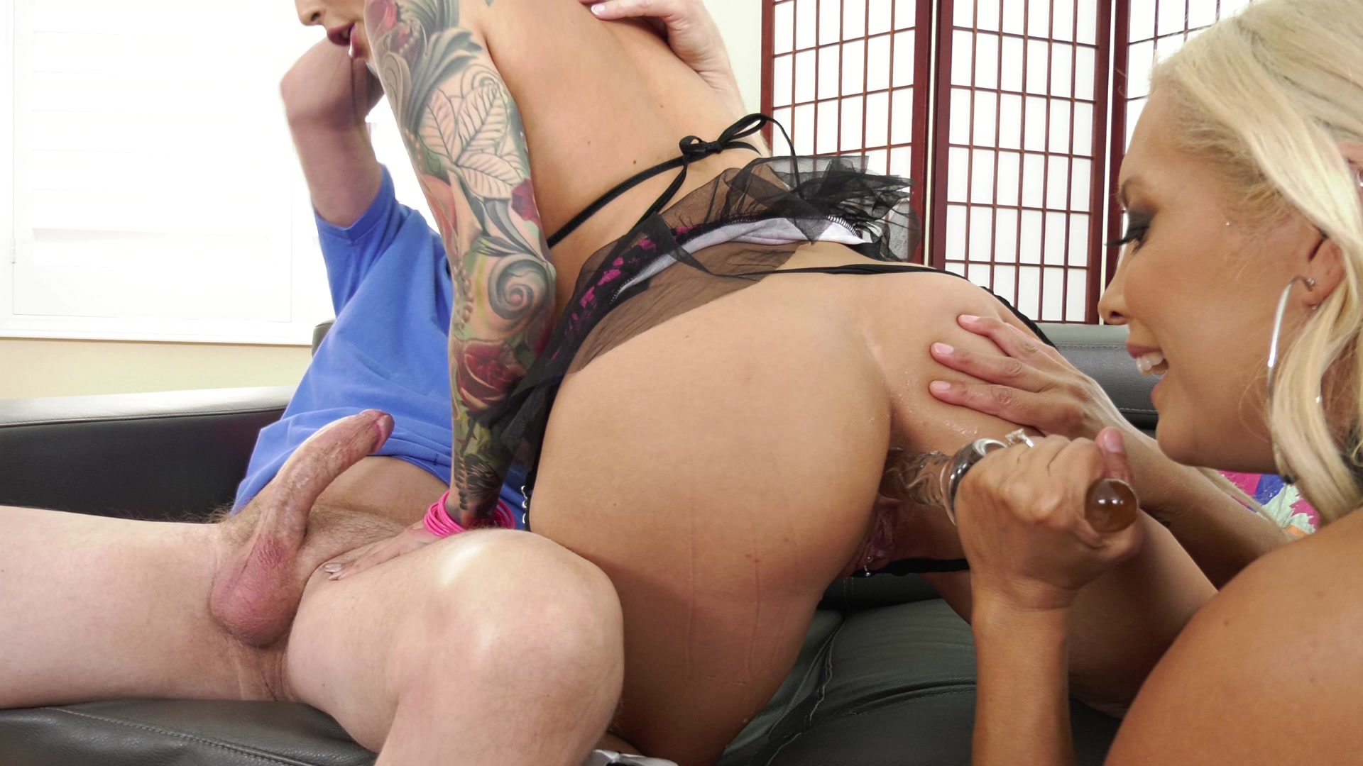 Scene with Francesca Le, Mark Wood and Katrina Jade - image 10 out of 20