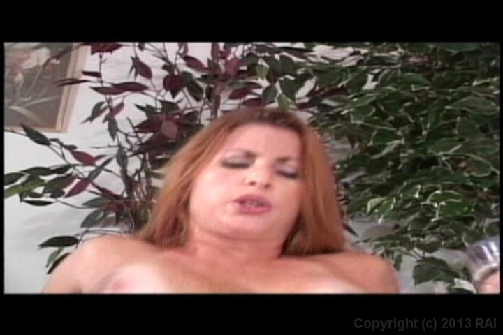 Chubby amature porn clips