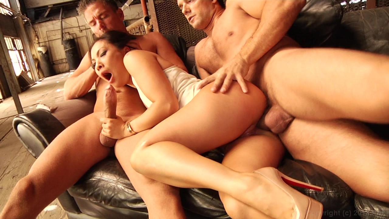 Scene with Asa Akira - image 7 out of 20
