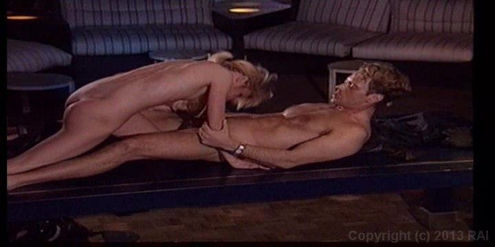 Scene with Rocco Siffredi - image 16 out of 20