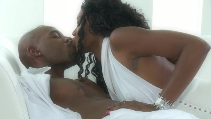 Scene with Nyomi Banxxx and Flash Brown - image 13 out of 20