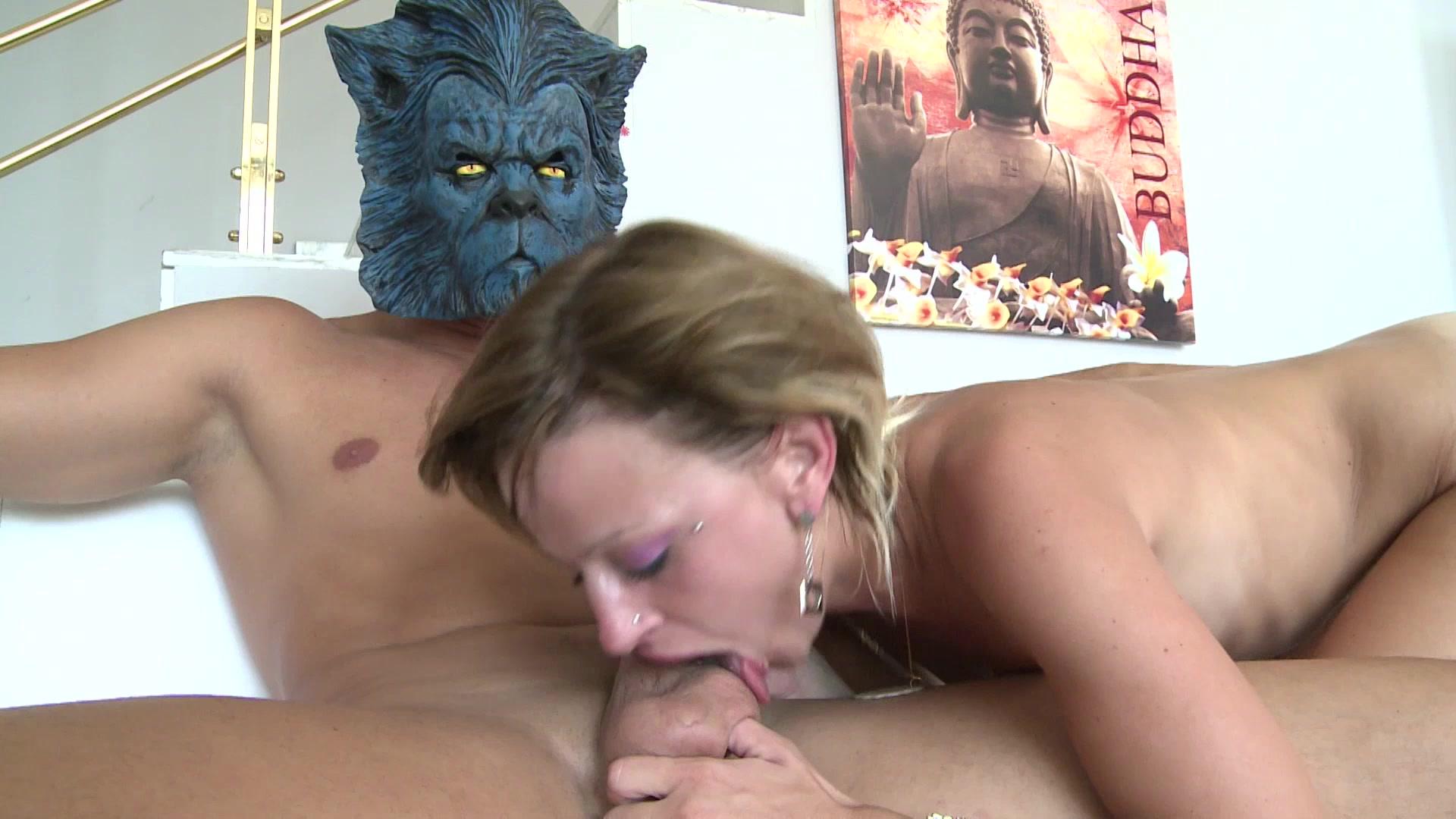 Blonde Beauty Sucks and Fucks a Hard Cock Dry Length: 35 min