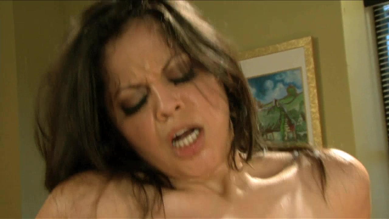 Scene with Herschel Savage and Evie Delatosso - image 15 out of 20