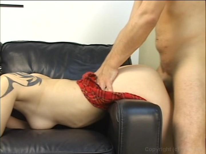 Well hung amateur cums