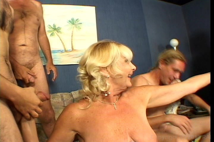 mature gang porn drunk girls porno