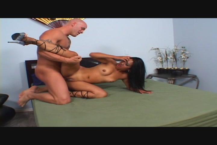 Ejaculating inside a vagina video