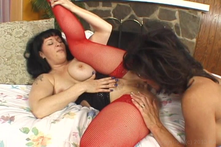 Gagging milfs powered by phpbb
