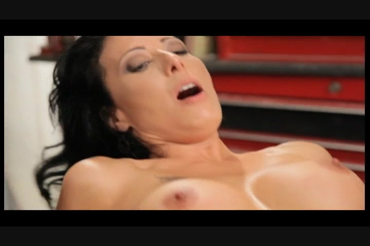Free Video Preview Image 6 From Milfbusters