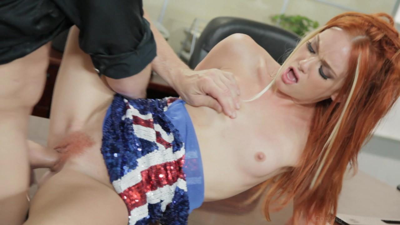 Porno video blonde