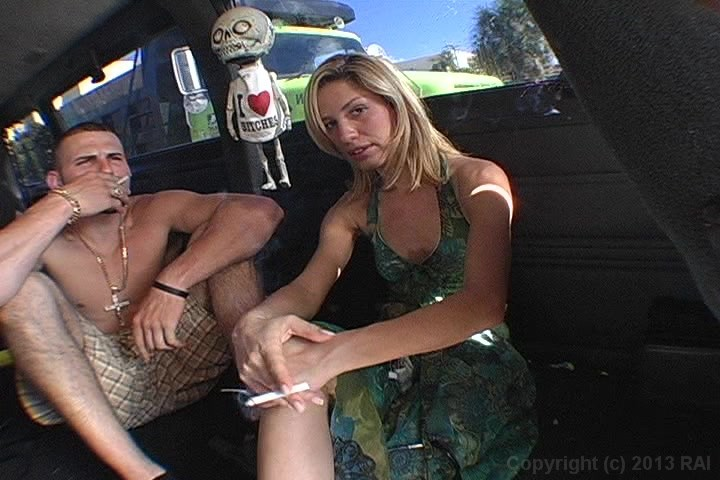 Hot Blonde in Sunglasses Gives Him Head and Fucks Him