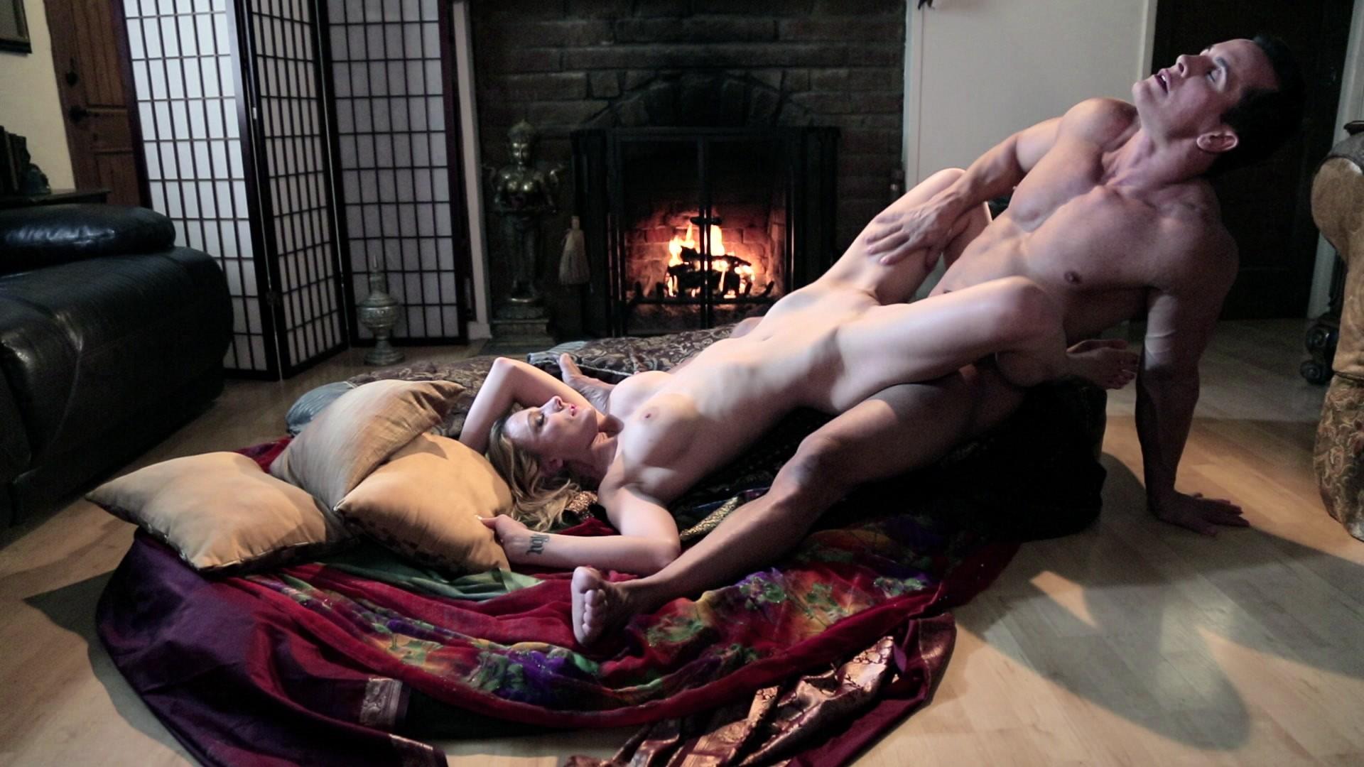 sovremennaya-kamasutra-porno-filmi-kategoriya-seks-zrelih