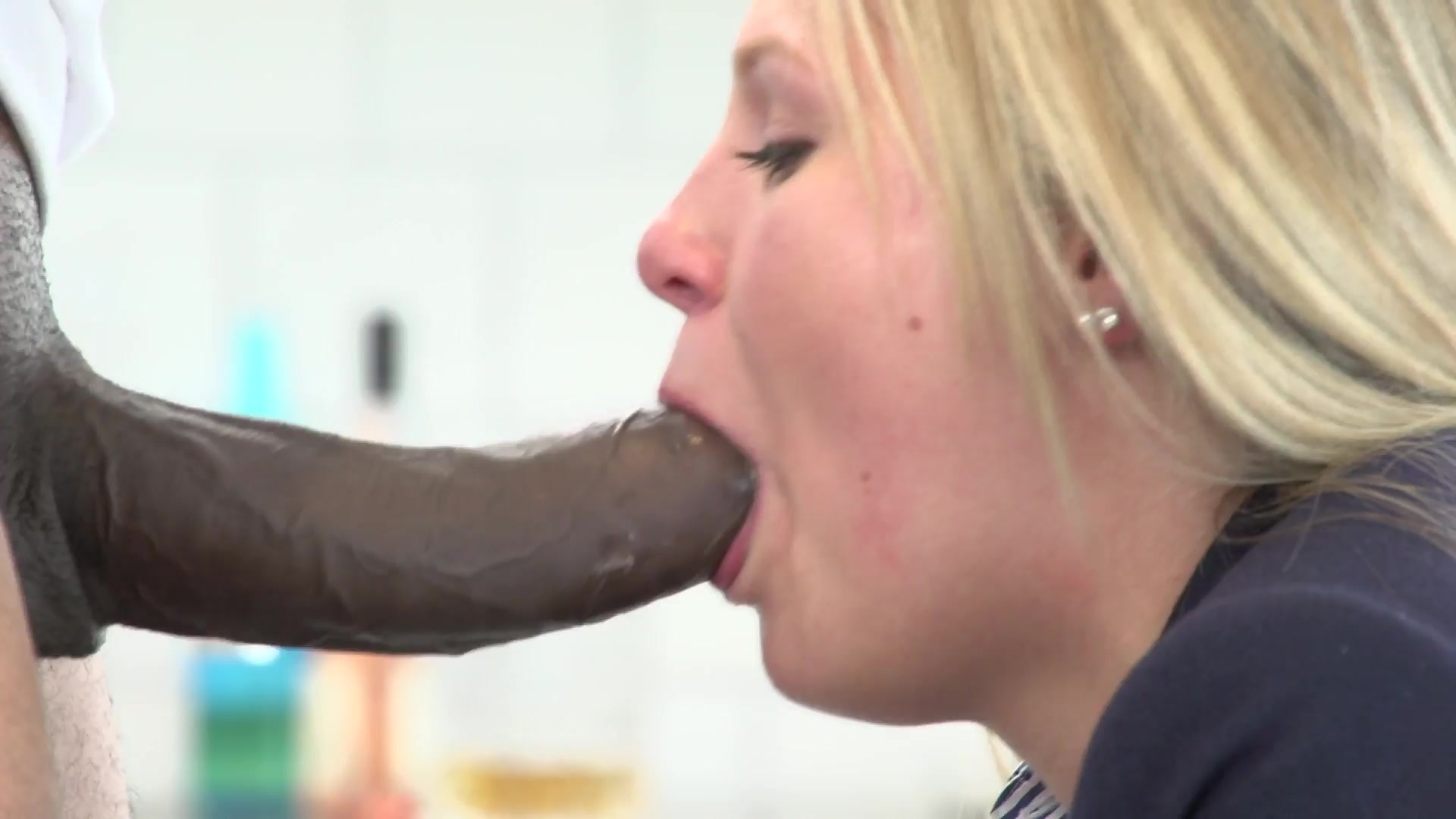 Mature deepthroat tgp