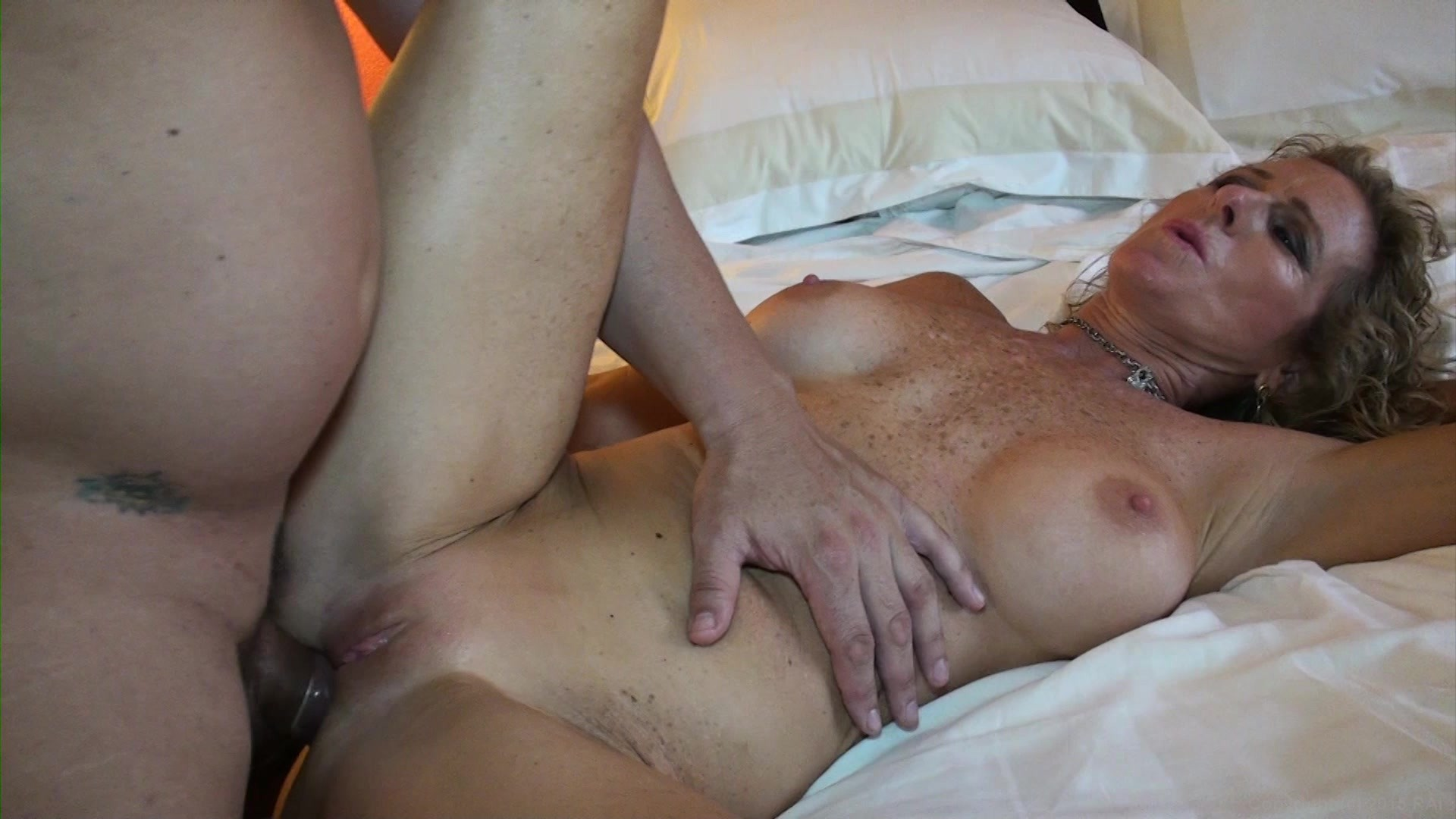 bellucci-with-fuck-a-milf-in-utah-virgin