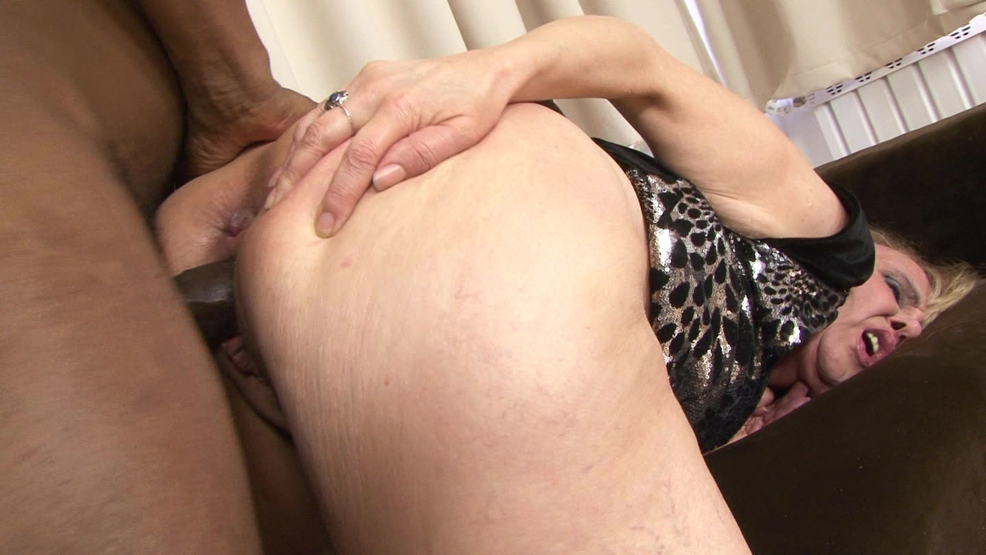 Pervcity Mature Lady Taking Her Deepthroats Oiled And Fucking Free Porn