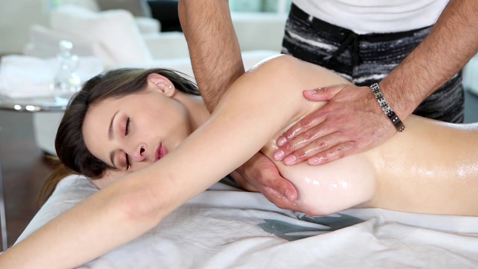 Asian medical massage videos — pic 10