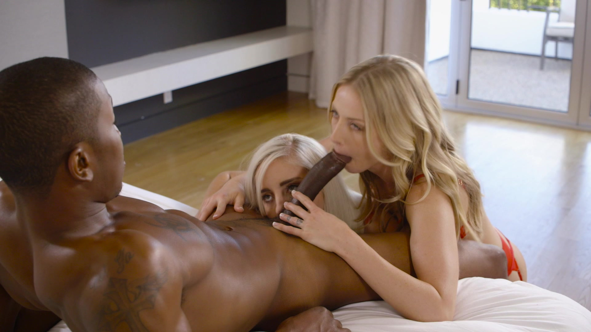 sharing-her-first-interracial-experience-clips-naruto-porn-fingering
