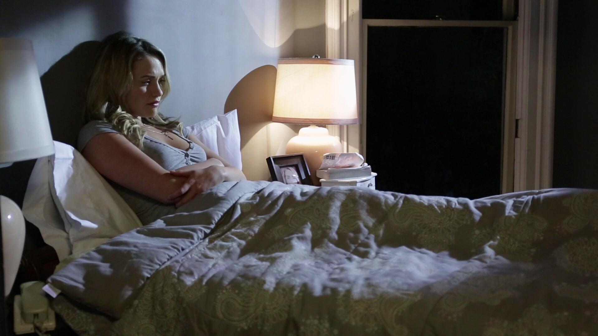 Mia Malkova Pleasures Herself in Bed