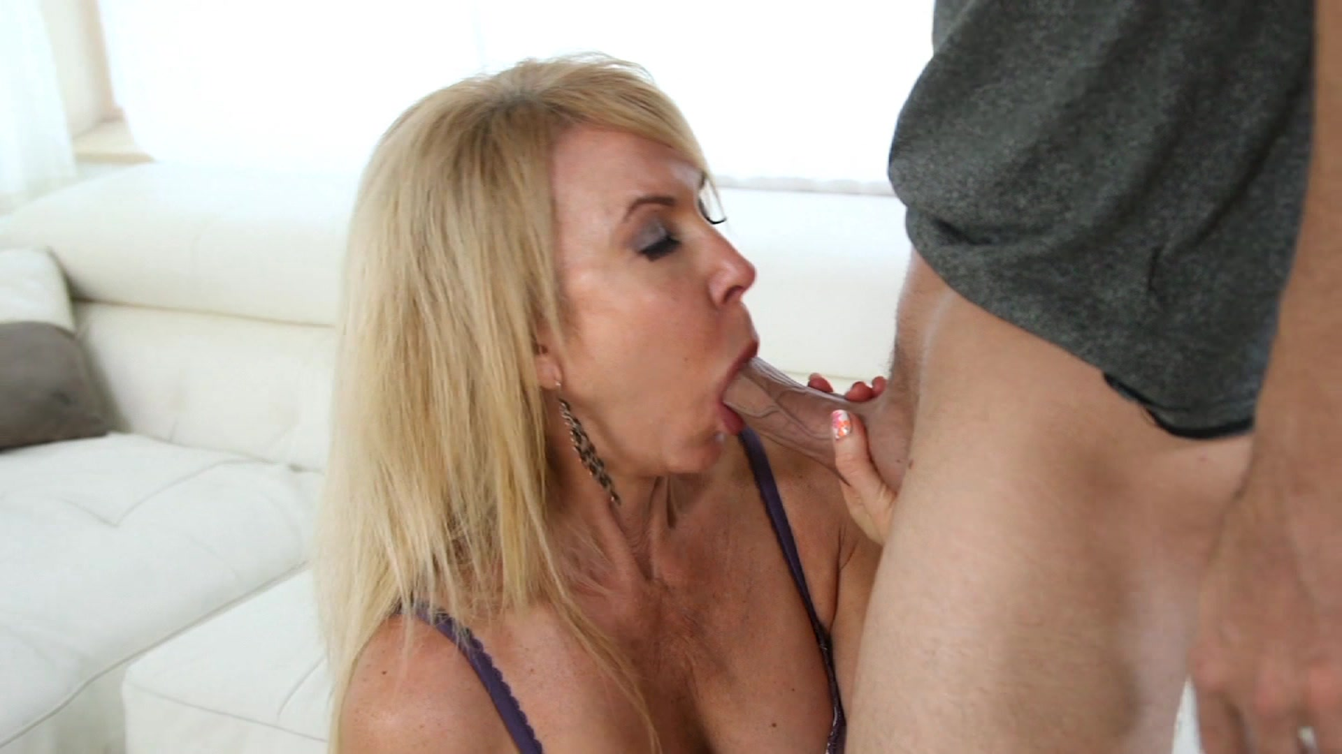 Kianna bradley strokes and licks a cock until she gets cum - 1 part 10